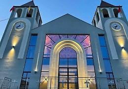 Consacrata a Puke la chiesa «cremonese»